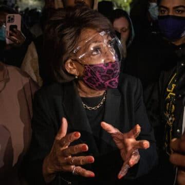 Dem Maxine Waters Incites Violence