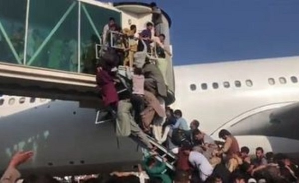 Kabul Airport Access Increasingly Difficult